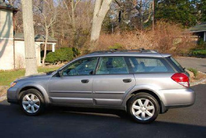 $14,000 2008 Subaru Outback -- Silver -- 61,000 Mi