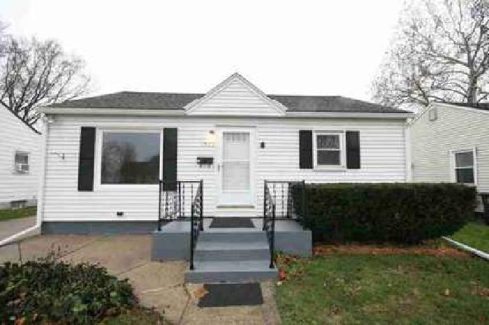 1505 N Wellington Street South Bend Two BR, Very clean house in