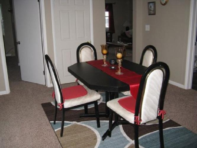 150 black table with 4 chairs for sale in omaha nebraska classified