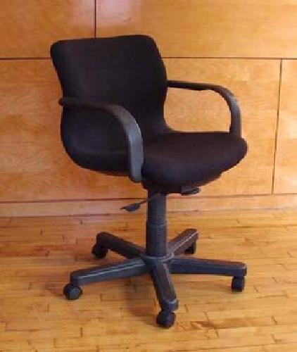 150 Knoll Bull Dog Office Chairs 150 Each Motivated