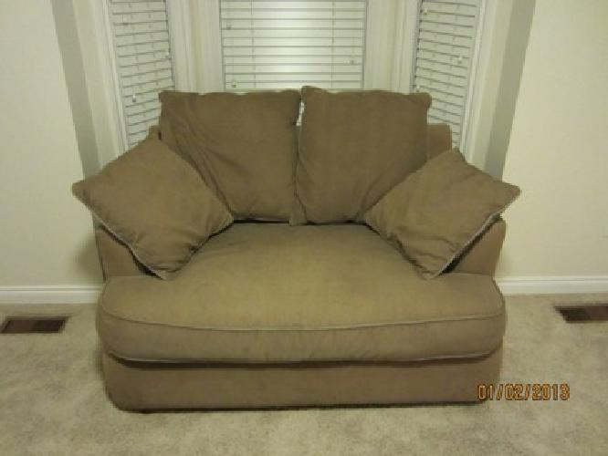 150 Obo Jennifer Convertibles Queen Sofa Bed For Sale In