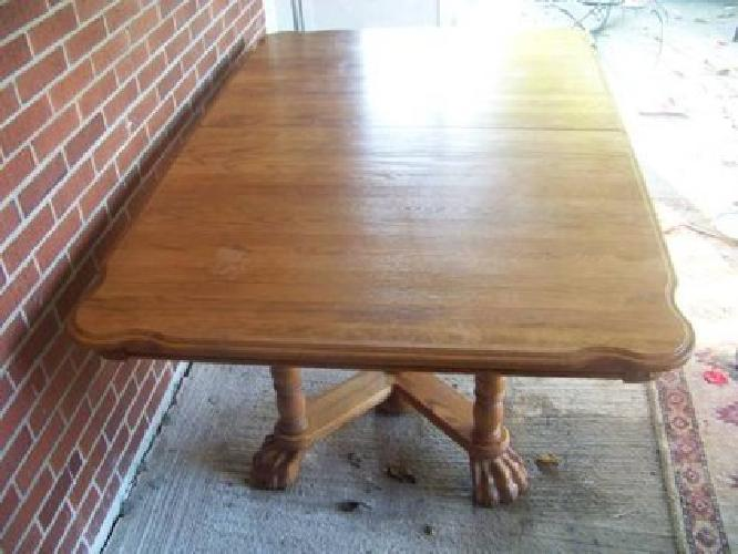 $150 Walter Of Wabash Dining Table