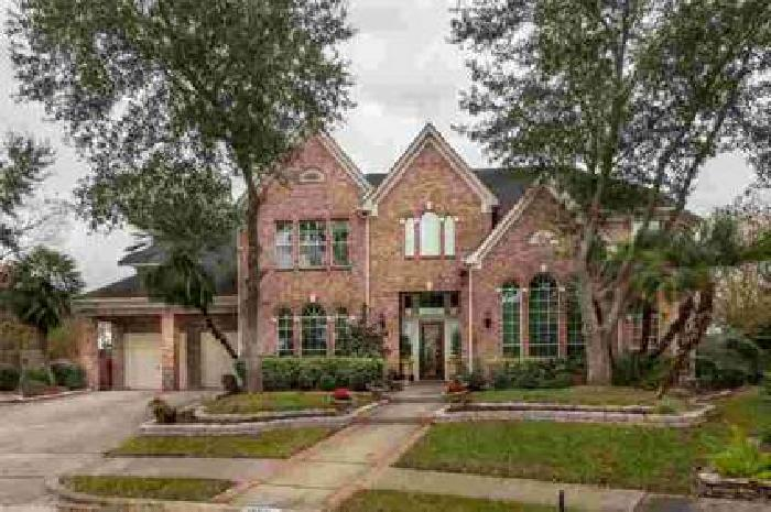15511 Bay Cove Court Houston, beautiful bay oaks home with 6