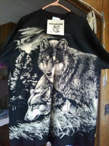 $15 Brand new Wolf T-Shirt