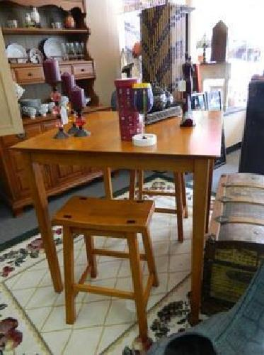 165 Highboy Table And Chairs Solid Wood For Sale In Sanford Florida Classified