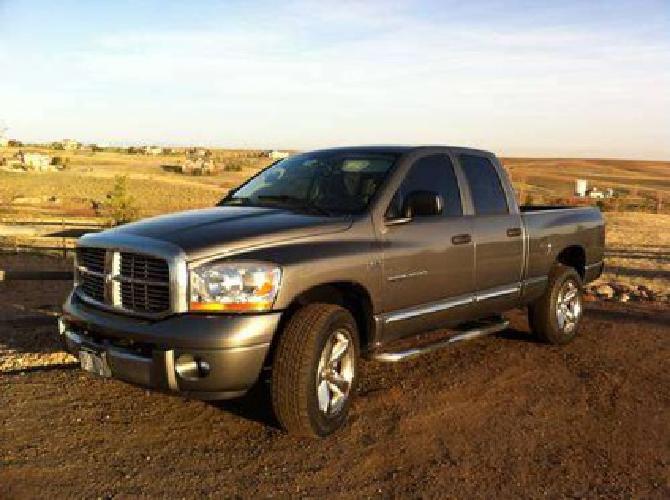 $16,000 2006 Dodge Ram Hemi 4x4 Loaded 4 Door Laramie 1 Owner