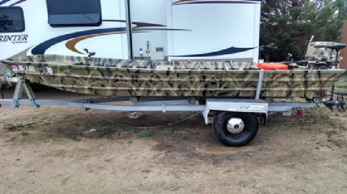 16 foot fishing hunting flat bottom boat for sale in fort for Flat bottom fishing boats