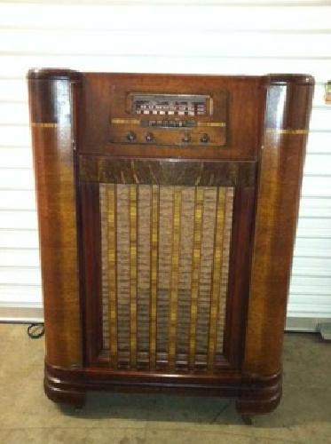 175 Antique 1942 Philco Radio And Turntable Model 42 1008 Pasadena