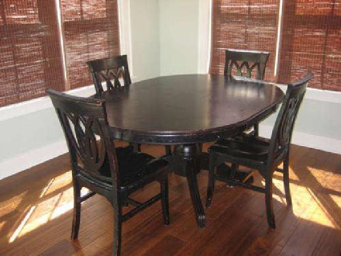$175 Pier 1 Black Dining Set Table Chairs