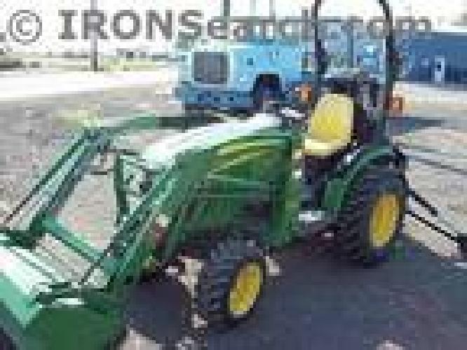 $17,900 2007 John Deere 2320 Tractor