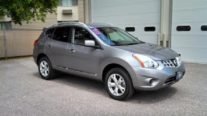 $17,990 OBO 2011 Nissan Rouge All Wheel Drive