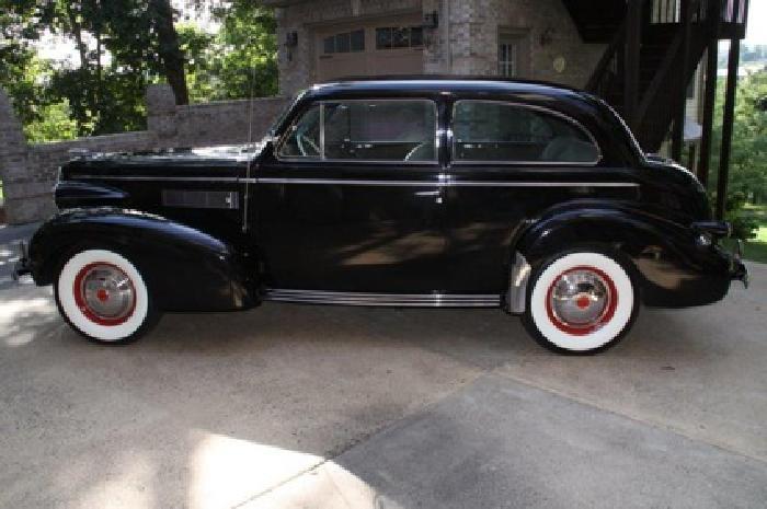 1939 LaSalle 2dr Sedan