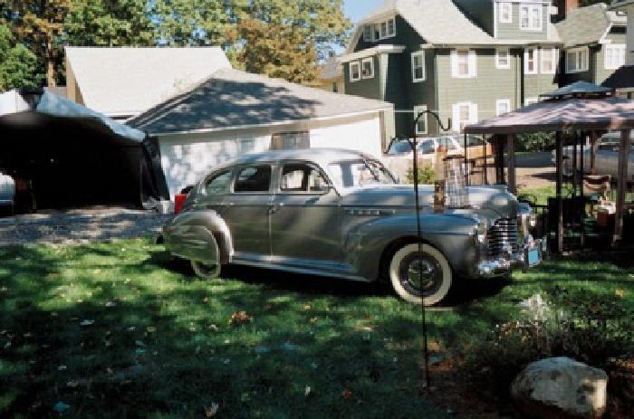1941 Buick Special * Free Shipping * 8 cylinder engine