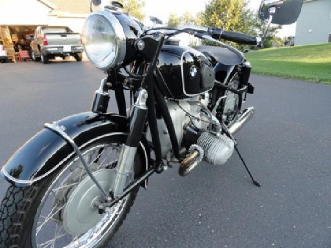1961 BMW R69S - Powerful bike