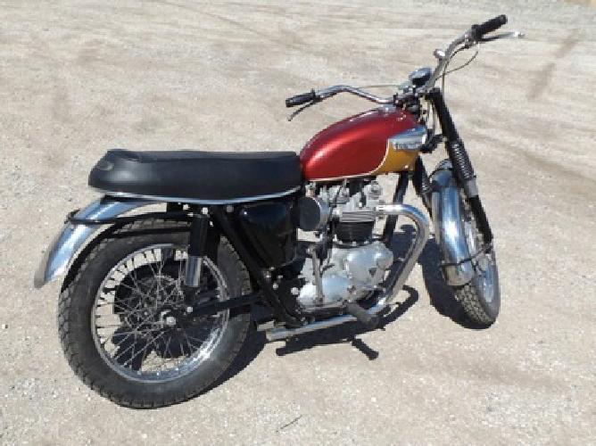 1967 Triumph Bonneville T120TT