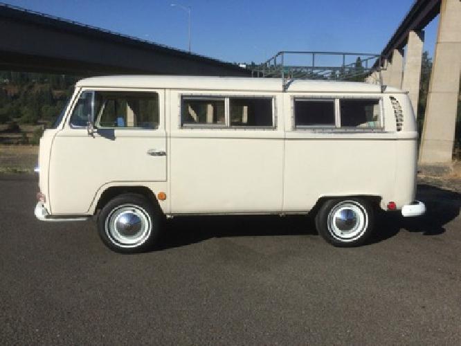 1968 Volkswagen BusVanagon Day Camper