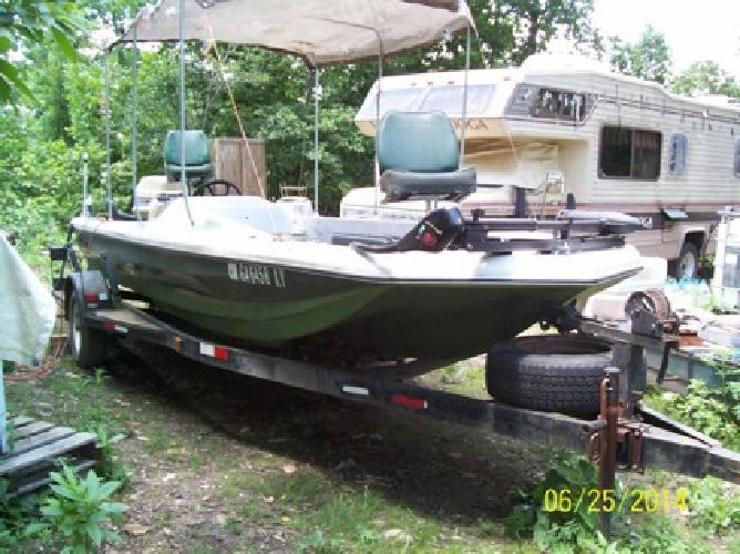 1976 Challenger Boat and Trailer