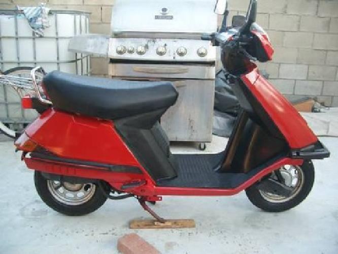 1985 honda elite 80 scooter for sale in huntington beach california classified. Black Bedroom Furniture Sets. Home Design Ideas