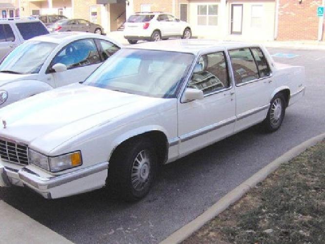 1993 Cadillac Sedan Deville Touring Edition - Vintage - Immaculate *NEW PRICE*