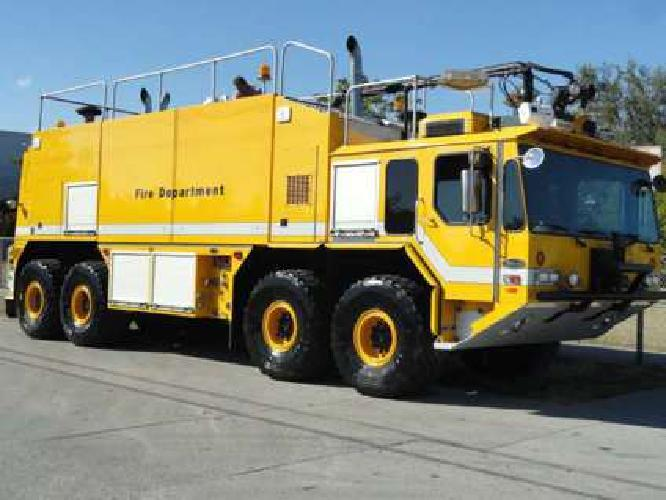 1998 E-One Titan HPR (8x8) Aircraft, Rescue and Firefighting Vehicle