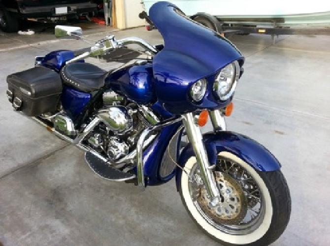 1999 Harley-Davidson Roadking Classic Custom - Delivery Free - 17k miles