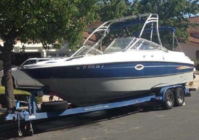 $19,900 2004 24' Bayliner 249SD