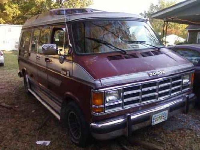 $1,000 1989 Dodge Ram van D 250 for sale in Gaffney, South