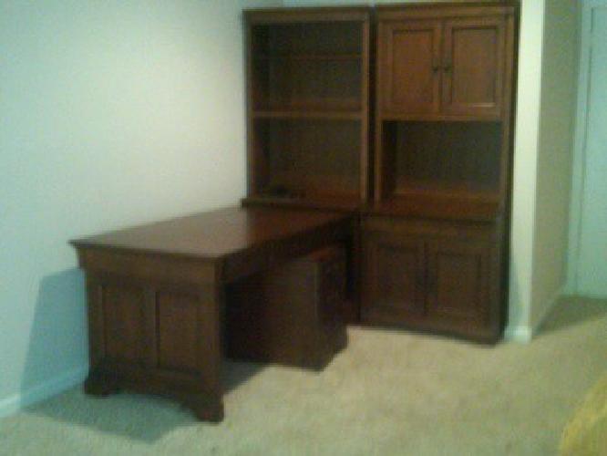 $1,000 Aspen Home Office Furniture. Cherry Wood. Chateau De Vin