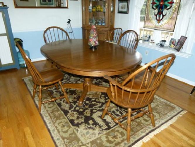 1000 OBO Hitchcock Oak Dining Room Table And 4 Windsor Chairs 2 With