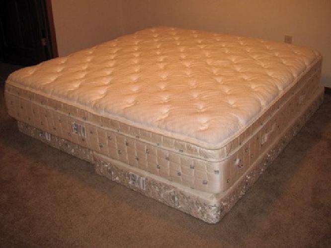 $1 000 OBO King SIze Mattress & Boxspring for sale in