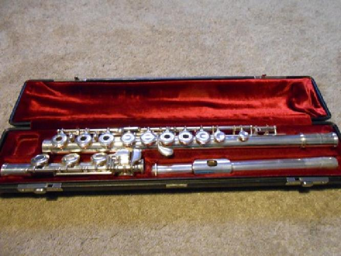 Yamaha Yfl225s Flute Sale Of 1 000 Obo Yamaha Flute For Sale For Sale In Wichita