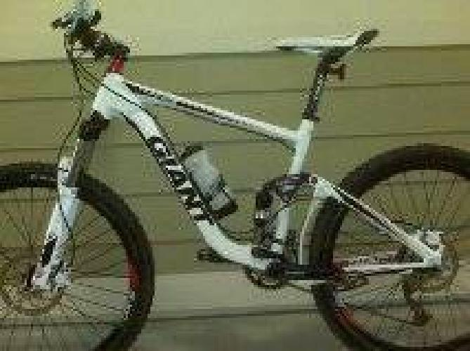 $1,050 2011 GIANT trance x4 for sale -