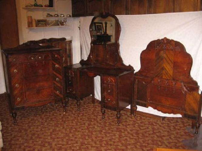 1 095 new price antique bedroom set for sale in sandy oregon classified. Black Bedroom Furniture Sets. Home Design Ideas