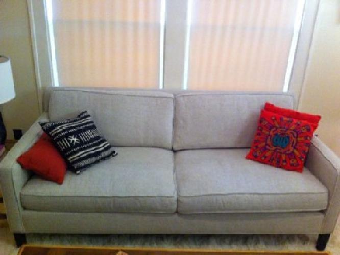 $1,100 OBO Crate And Barrel: Vaughn Apartment Sofa