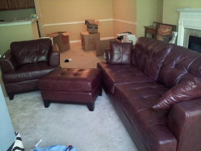 Living Room Sets on 1 200 Beautiful Wine Colored Leather 3 Piece Living Room Set For Sale