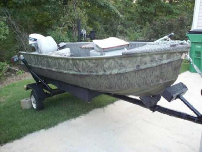 1 240 nice lake boat for sale motor is like brand new for Boat motors for sale in arkansas