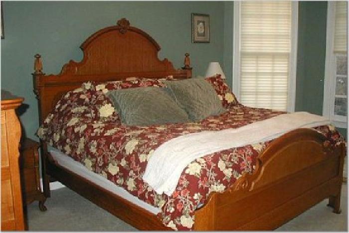 1 300 Obo King Bed Nightstand Lexington Victorian