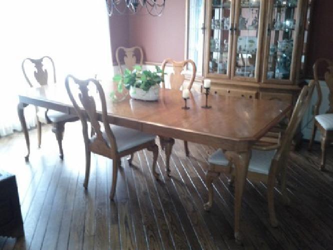 Sumter dining room