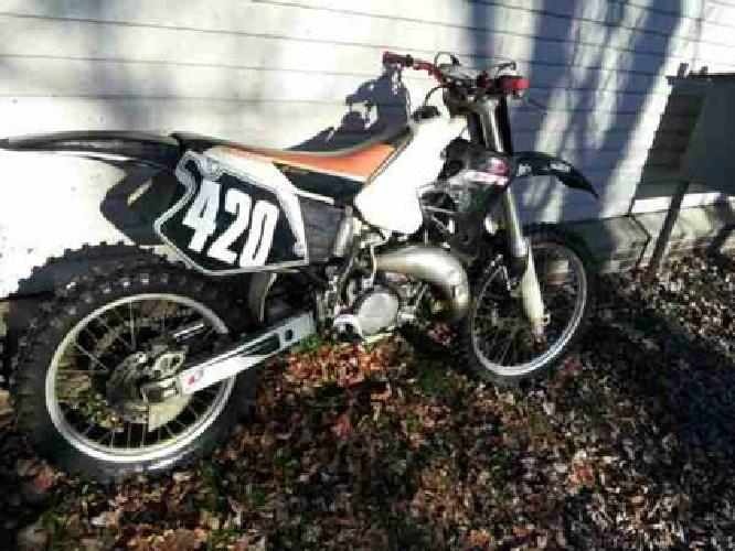 $1,400 1997 CR 125 (Grove City, PA)