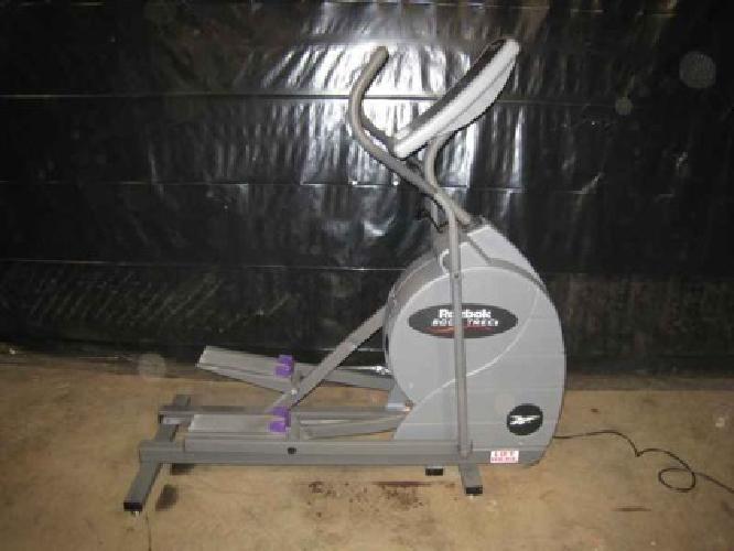 cx track 990 elliptical nordic -