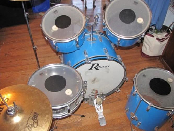 $1,500 Pacific Blue Vintage Rogers Powertone Drumset with Cymbals