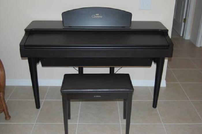 1 500 yamaha clavinova for sale in new port richey. Black Bedroom Furniture Sets. Home Design Ideas