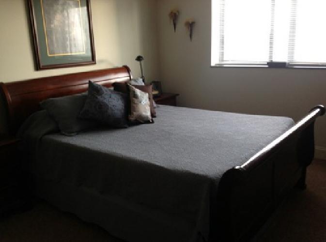 1 600 Mahogany Queen Size Bedroom Suite 6 Pieces For Sale In Lexington Kentucky Classified