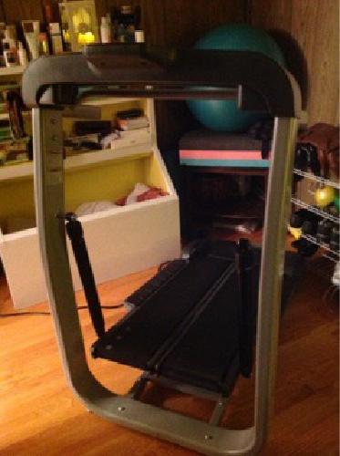 $1,700 Bowflex Treadclimber. Excellent condition
