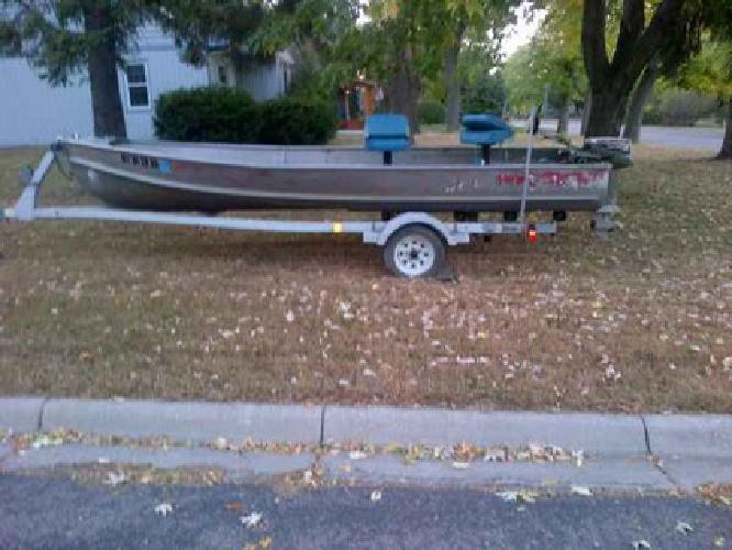 1 750 aluminum fishing boat motor and trailer little for Fishing boats for sale mn