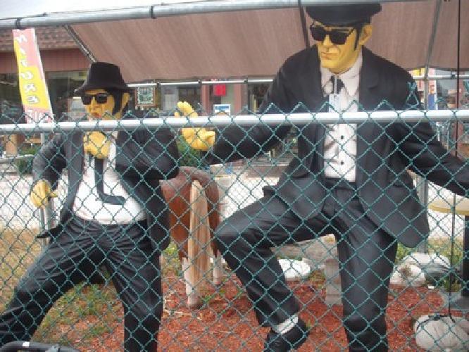 $1,895 Fiberglass Poly-Resin Blues Brothers Figures