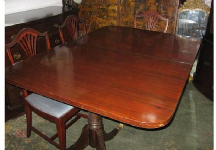 1 900 1940s Mahogany Dining Room Set Newly Arrived For Sale In Hempstead New York