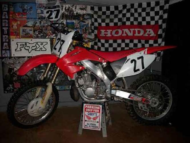 $1,900 2003 Honda CR250R