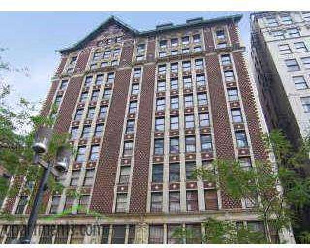 1 Bed - The Grand Wisconsin Apartments