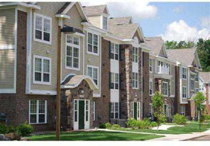 1 Bed - Trillium Pointe Apartment Homes